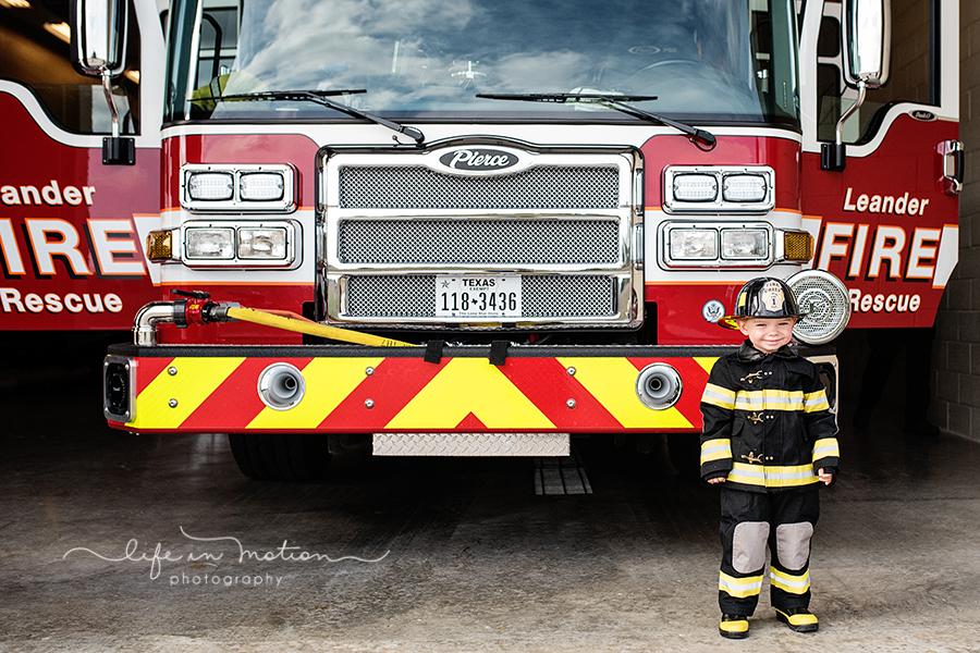 halloween_fireman